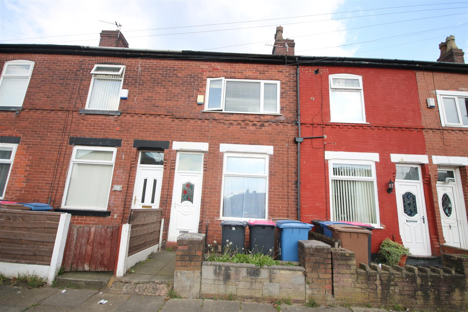 2 Bedroom House - Mid Terrace For Sale